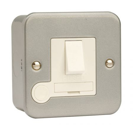 Click Essentials Metalclad Switched Fused Spur & Flex Outlet | CL051