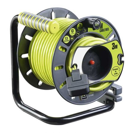 Masterplug Pro-XT IP Rated 25m + 3m Reverse Reel With Pull Out Socket | OMU2513FL3IP