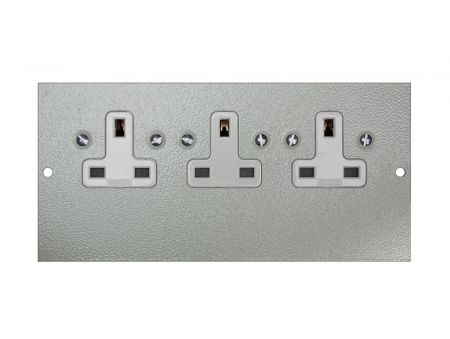 Tass STO295 Triple Unswitched Sockets