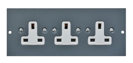 Tass STO305 Triple Unswitched Sockets STO305