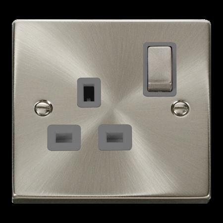 Click Deco Ingot Satin Chrome 13A Single Socket Grey Insert   VPSC535GY