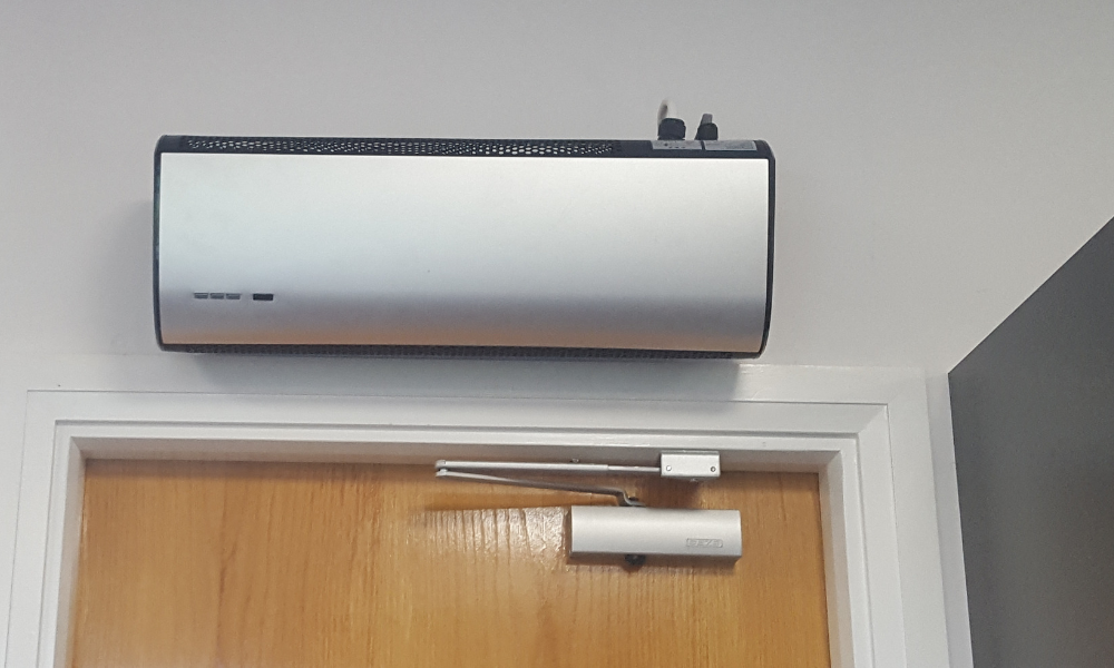 ATC Welcome 3kW Overdoor Air Curtain & Remote Control | WEL3000